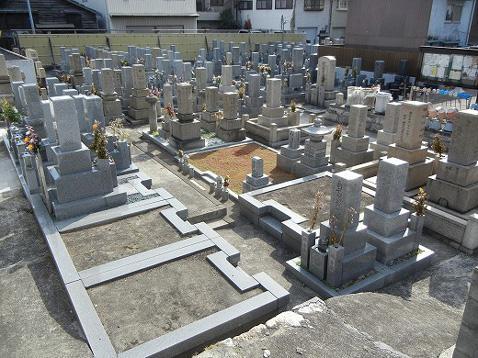 泰聖寺墓地