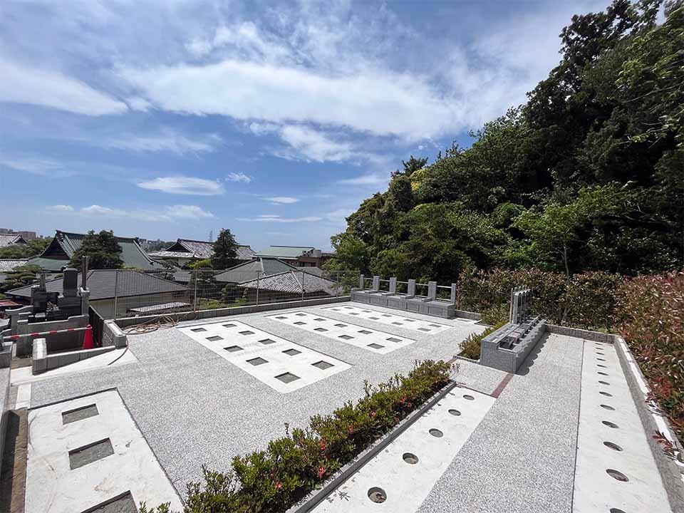 時宗総本山 遊行寺墓苑の画像1