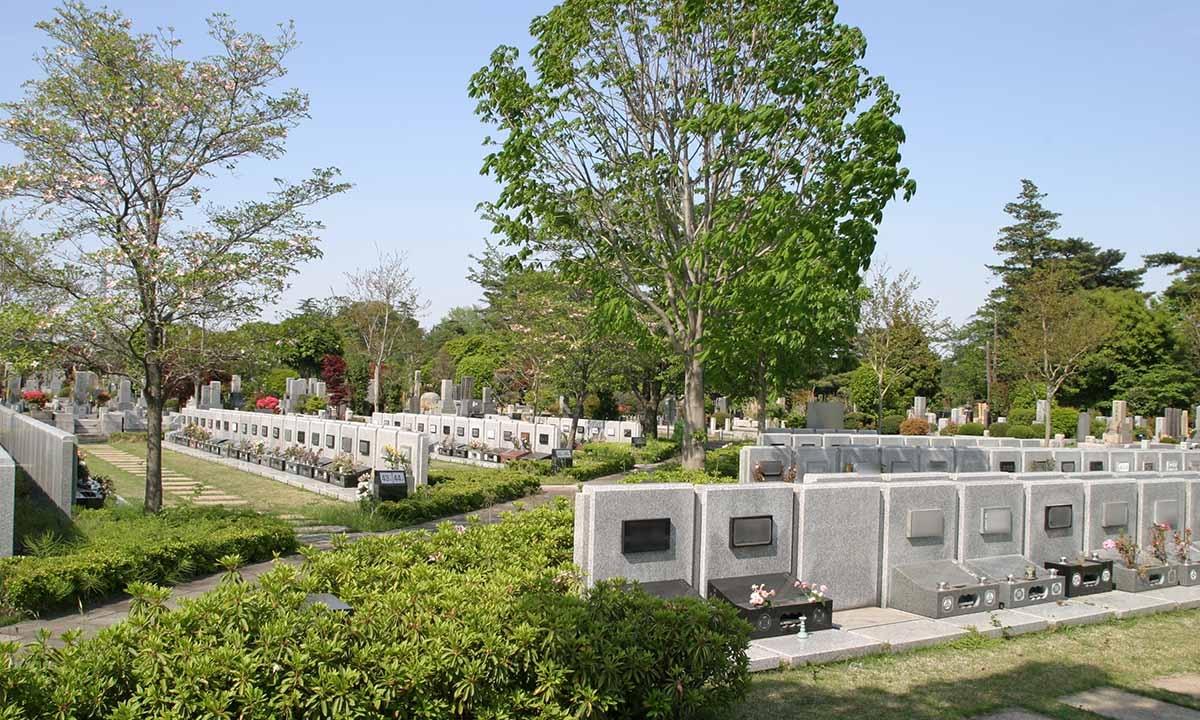 都立 多磨霊園の画像2