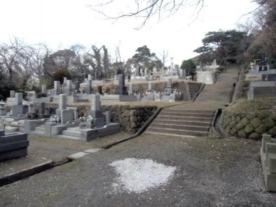 横須賀市営 馬門山墓地|丘陵を活かした広大な公園墓地
