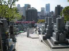 齢延寺墓地