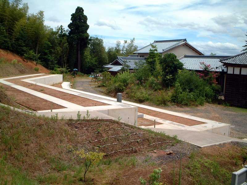 本覚寺墓地