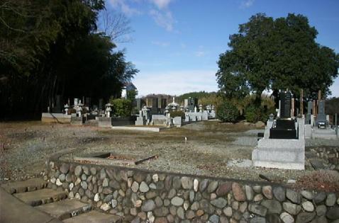 重輪寺墓苑