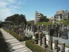 森巖寺墓苑
