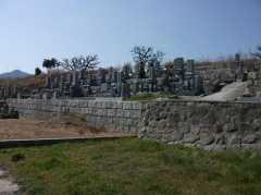初村墓地(新庄墓地)