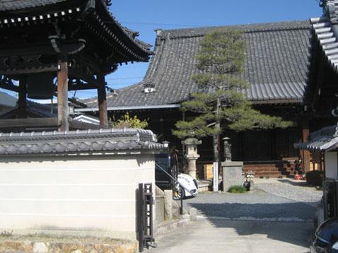 万因寺の画像1