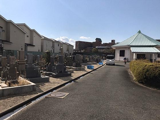 東大阪市営 楠根墓地の画像1