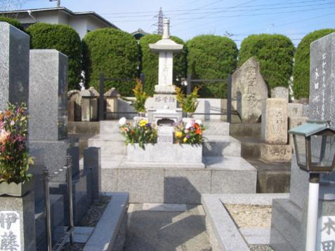 高槻広宣寺墓地 永代供養墓