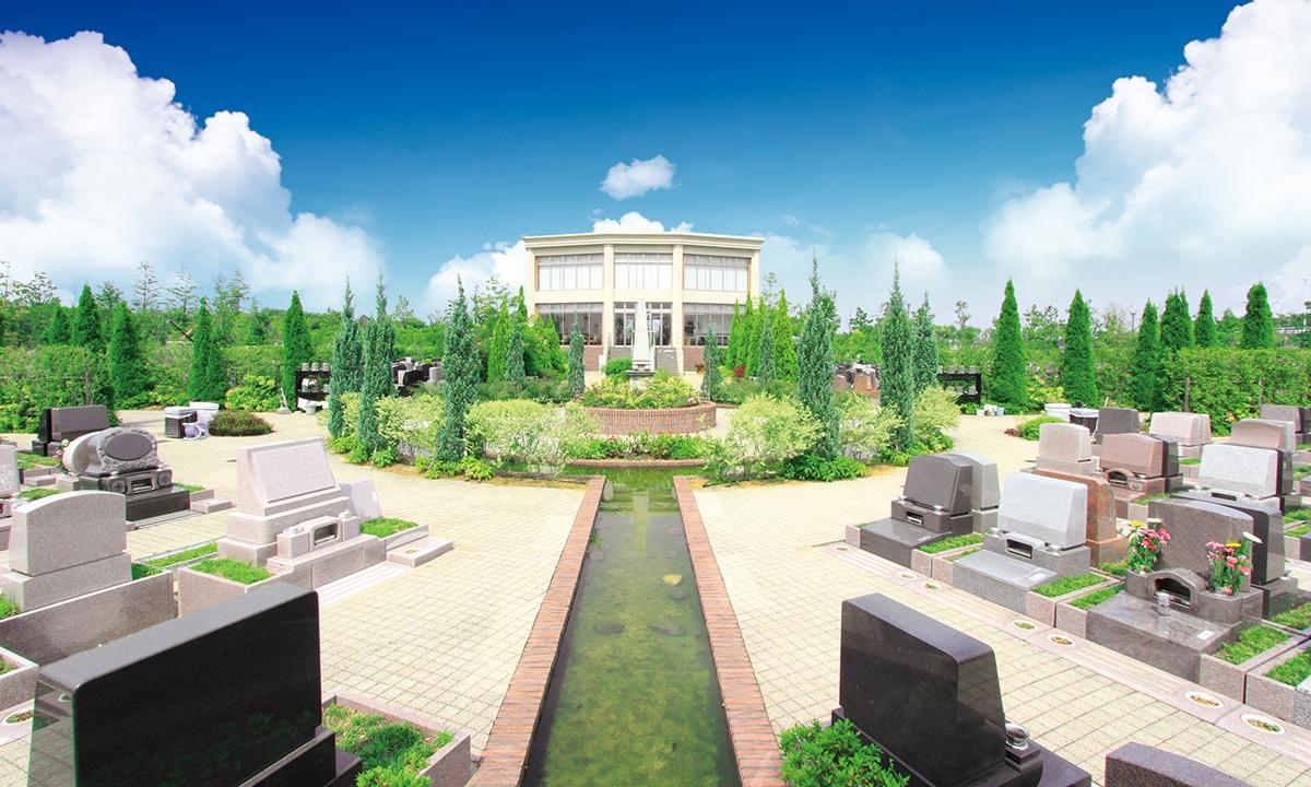 富士見メモリアルガーデン 永代供養墓「彩雲」の画像1