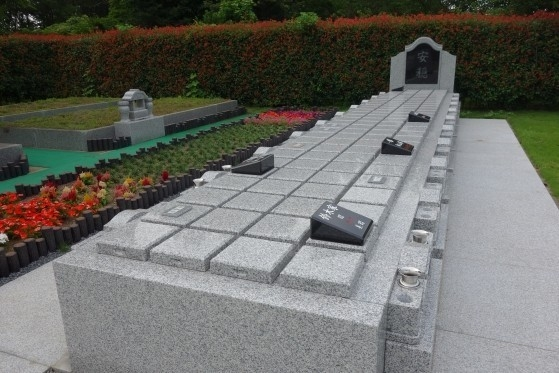 専修寺 関東別院 千葉分院 安穏浄苑 永代供養墓2