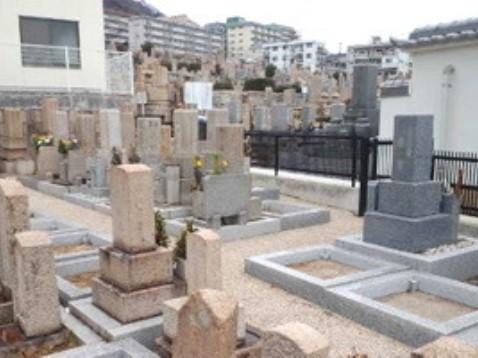法泉寺春日野墓地