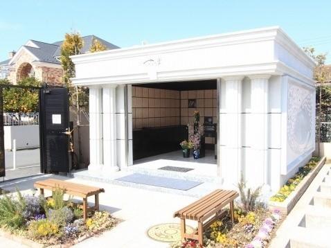 メモリアルガーデン三鷹 屋内永代供養墓「さくら堂」1