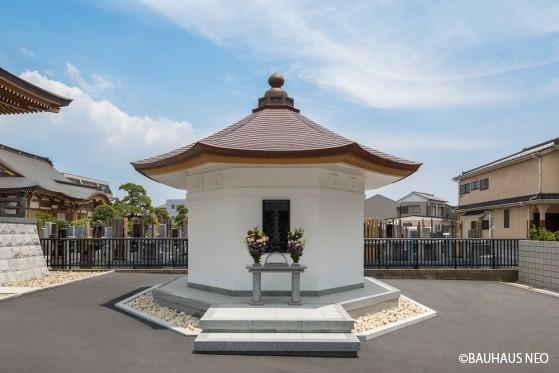 感應寺 「永代納骨堂」の画像1