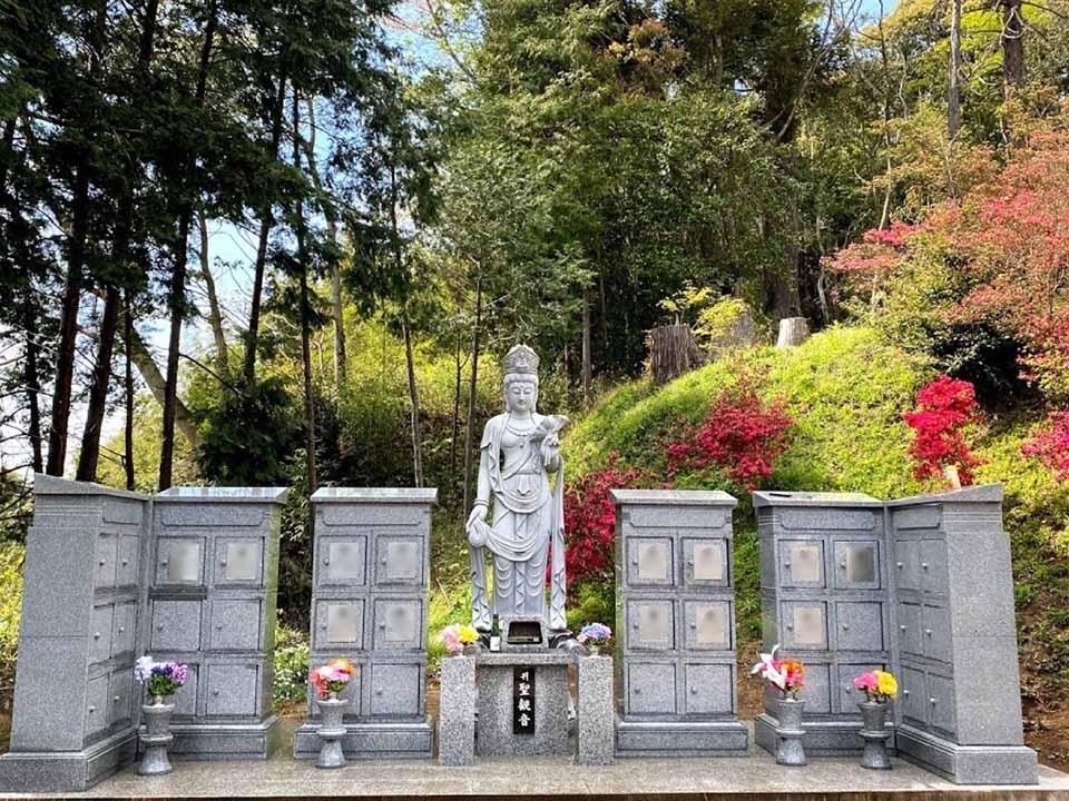 無量寿寺 のうこつぼ