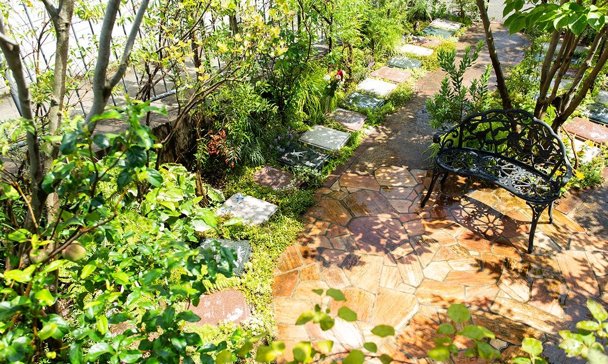 牛込庭苑の画像1