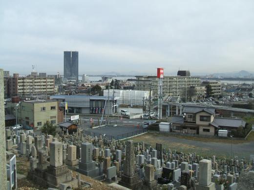 琵琶湖や大津の町並みが一望