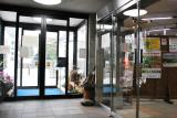 管理事務所の内部は地域のイベント案内などが掲示されていた