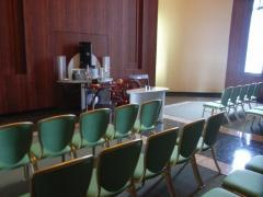 礼拝終了後の会席室が和・洋用意されている