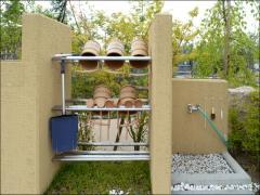 区画ごとに手桶や水場がもうけられていて、非常に便利