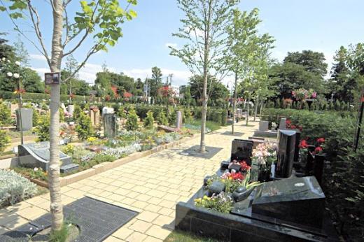 「公園の中にお墓をとけ込ませる」の基本コンセプトが見事に演出されている