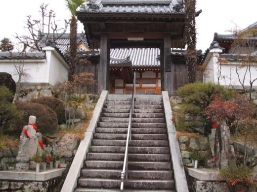 入り口にある青龍寺