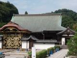 お江の霊廟として建てられた唐門