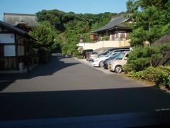 関係者用の駐車スペース