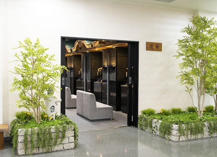 礼拝室入口(2階)