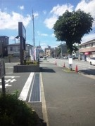 建物前の道路(北西方向)