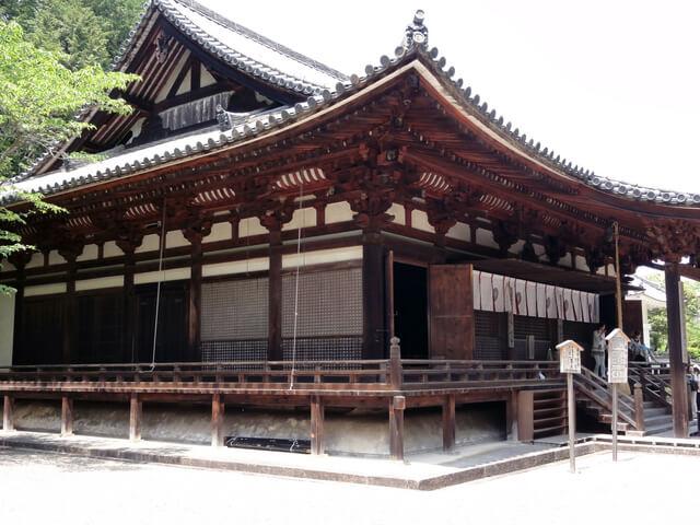 国宝・霊山寺本堂 (奈良県奈良市)