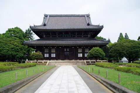 大本山總持寺の仏殿には禅宗の本尊である釈迦牟尼如来が祀られている